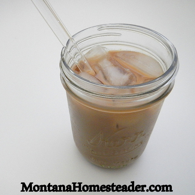 Recipe for homemade vanilla iced latte with real food ingredients