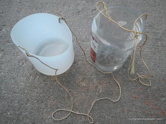 how to make a homemade DIY wild berry picking bucket