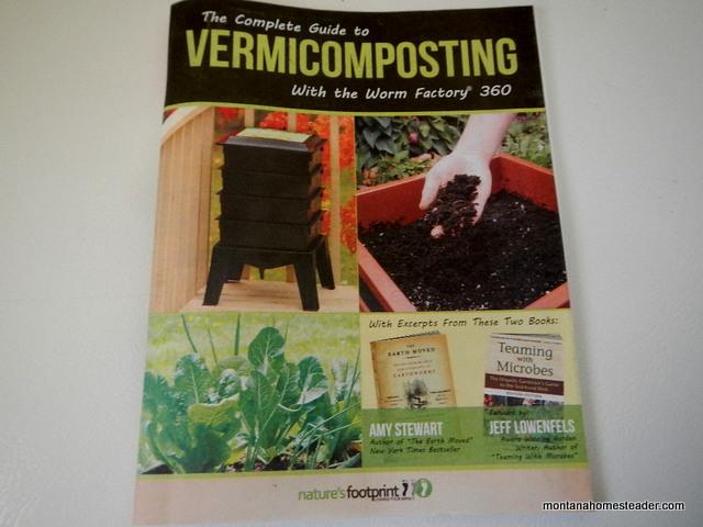 guide to vermicomopsting in a worm bin