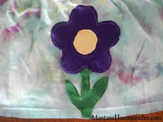 DIY project make an upcycled t shirt skirt for girls | Montana Homesteader