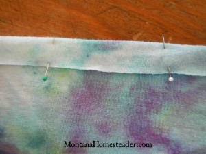 How to upcycle a t shirt into a girls skirt | Montana Homesteader