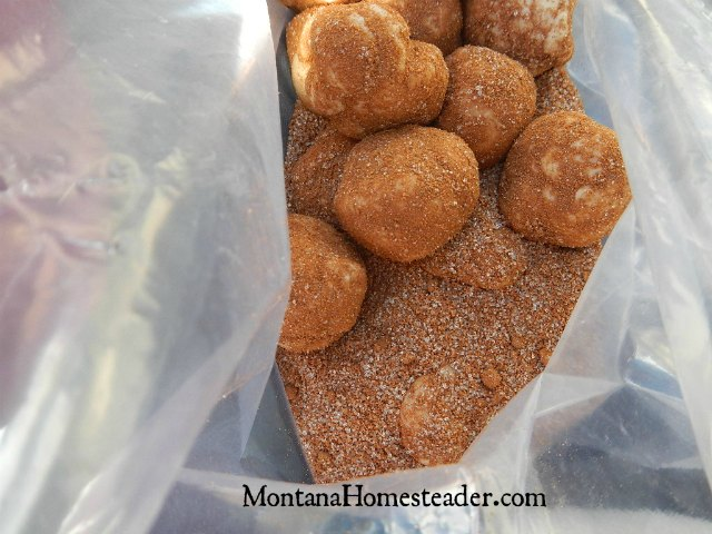 Monkey bread recipe to bake outdoors in the dutch oven when camping | Montana Homesteader